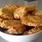 Galletas de avena y manzana  con almendras.